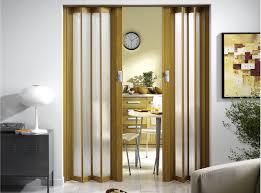 Межкомнатные двери «гармошка»